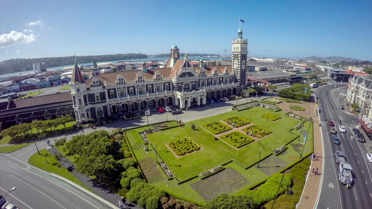 Day Tours Dunedin New Zealand