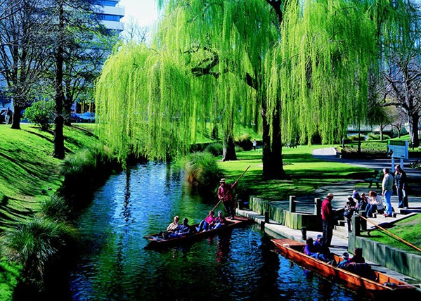 Christchurch Image: Activities & Attractions