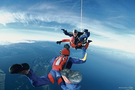 sky diving taupo